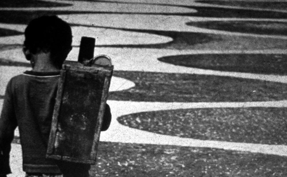 http://meiainfancia.reporterbrasil.org.br/wp-content/uploads/2013/11/normal_giratorio.jpg